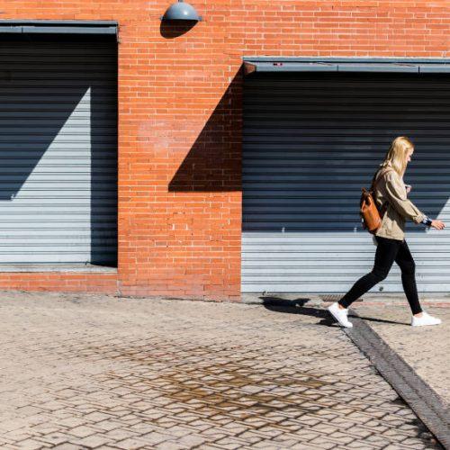 ¿Cómo diseñar calles más seguras para las mujeres?